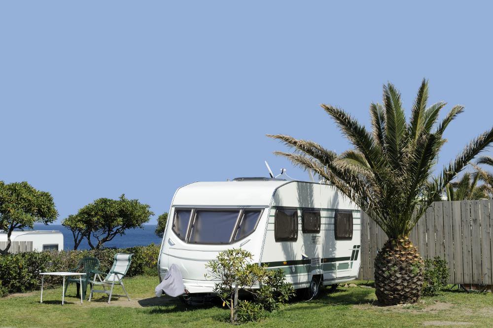 Autobandencheck 5 tips voor een zorgeloze caravan vakantie