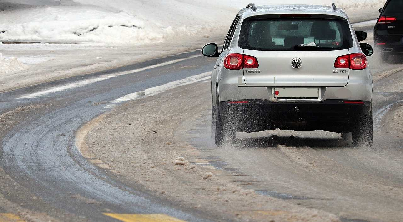 Veilig met je auto rijden in de winter: waar moet je op letten?